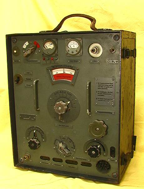 15W S E a transmitter and receiver, German WWII, WW2
