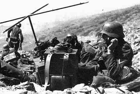 Image result for ww2 GERMAN soldiers with radio